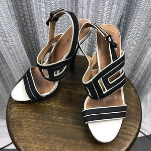 L.A.M.B. Black White Open Toe Slingback Pump Heels